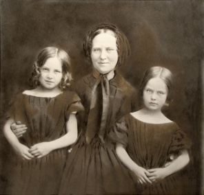 3E05-1-Mrs-Archibald-Douglas-and-Daughters